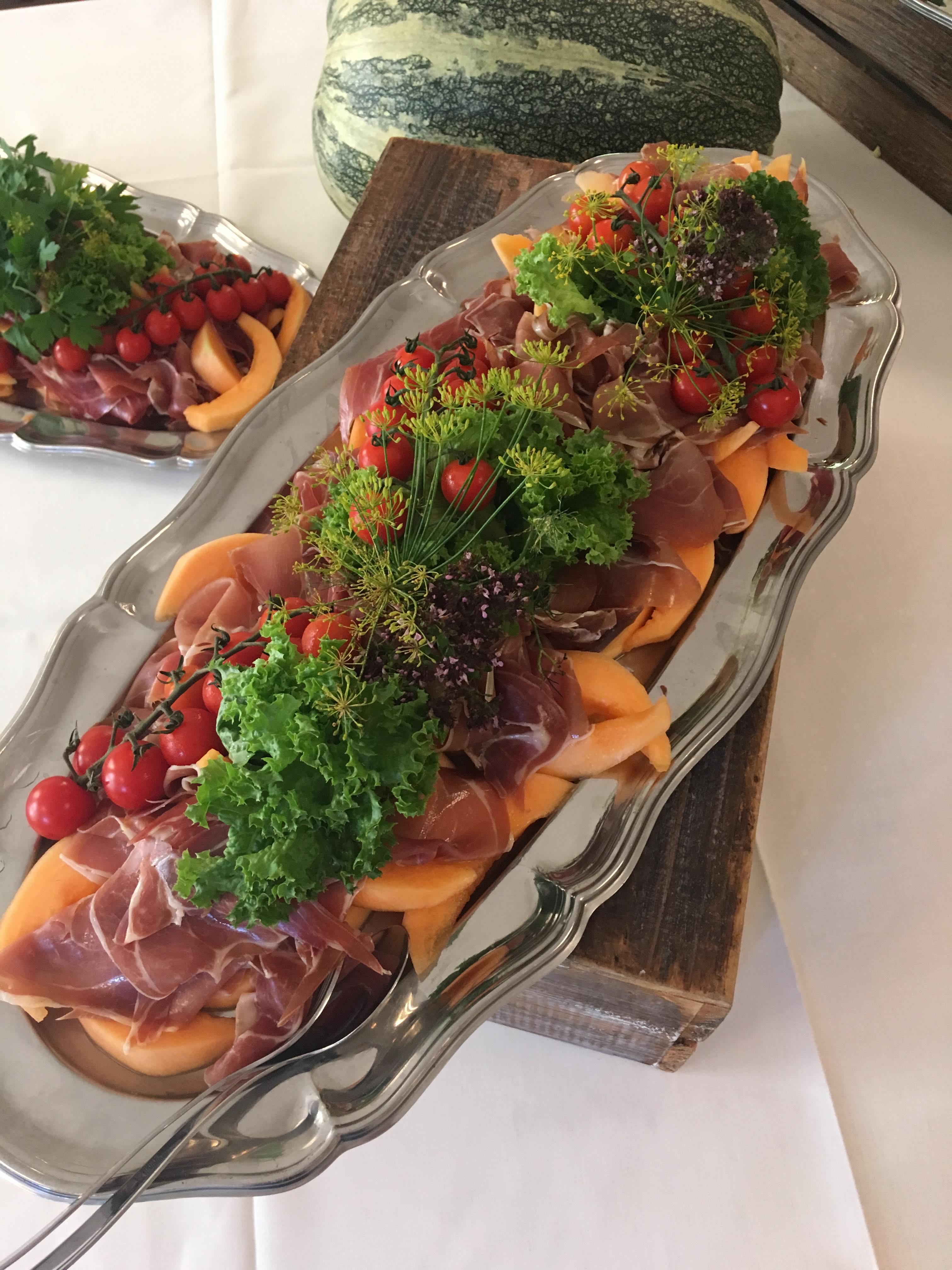 mads_doss_tapas_buffet